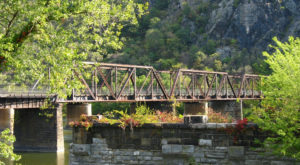 Hike This Unique Bridge Trail In West Virginia To See Three States In One Day