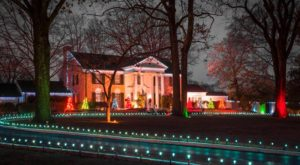 10 Winter Attractions For The Family In Tennessee That Don't Involve Long Lines At The Mall