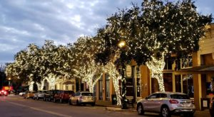 Christmas In These 5 Towns Near Austin Looks Like Something From A Hallmark Movie