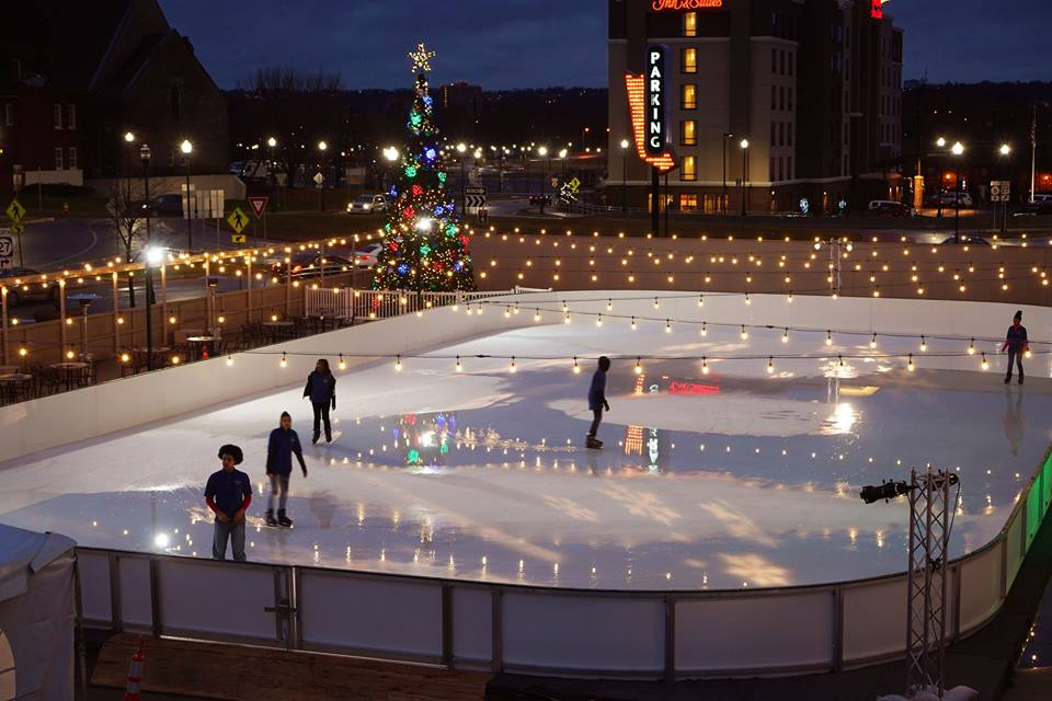 Newport On The Levee S New Ice Skating Rink Is Now Open