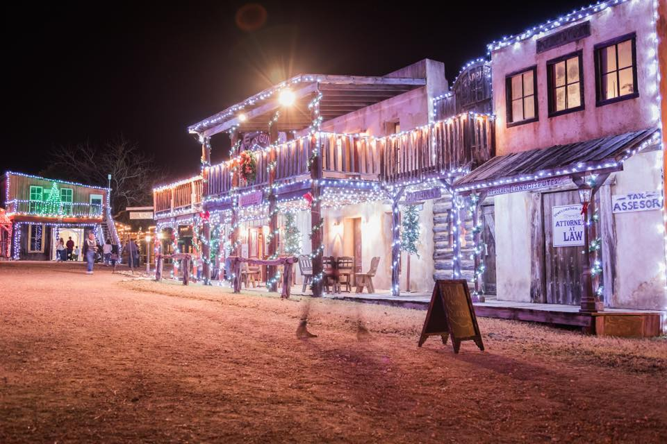 Boerne Is Best Christmas Lights Town Near Austin 2018