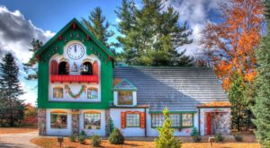 Santa's House Is Right Here In Michigan And You'll Want To Visit This Season