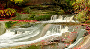 Your Kids Will Love This Easy 5-Acre Waterfall Hike Right Here In Greater Cleveland