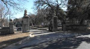 Not Many People Realize These 6 Little Known Haunted Places In Austin Exist