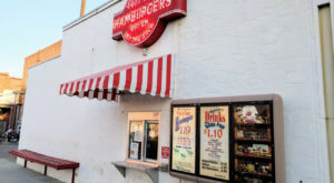 This Timeless 1920s Restaurant In Kansas Sells The Best Sliders In America