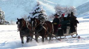 14 Winter Attractions For The Family In Utah That Don't Involve Long Lines At The Mall