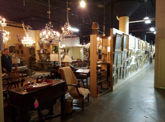 Mellwood Antiques Interiors Is A Massive Antique Warehouse In Kentucky