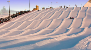Minnesota Is Home To The Country's Most Underrated Snow Tubing Park And You'll Want To Visit