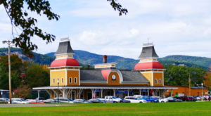 There's Only One Remaining Train Station Like This In All Of New Hampshire And It's Magnificent