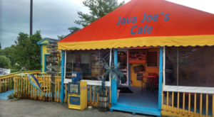 Michigan's Most Colorful Cafe Is Fun For The Whole Family