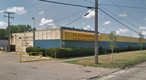 You Could Easily Spend All Weekend At This Enormous Flea Market Near Detroit