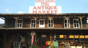 You'll Find All Kinds Of Unique Treasures At This Antique Market In Alabama