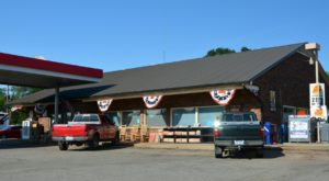 The Unsuspecting North Carolina Truck Stop Where You Can Pull Over And Have An Amazing Meal
