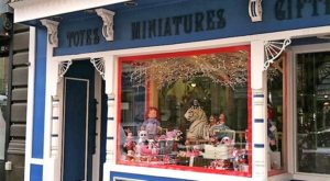 Pittsburgh's Oldest Toy Store Will Make You Feel Like A Kid Again