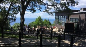 Virginia's High Altitude Restaurant Has The Most Incredible Mountain Views