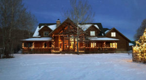 Celebrate The Holiday Season With Alpacas At This Charming Utah Ranch