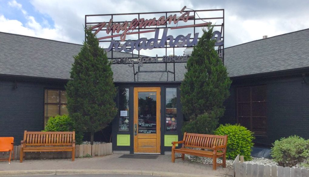 Zingerman S Roadhouse Has The Best Fried Chicken In Michigan