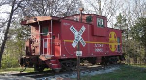 The Rooms At This Railroad-Themed Bed & Breakfast In Missouri Are Actual Box Cars