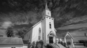 The Oldest Church In South Dakota Dates Back To The 1800s And You Need To See It