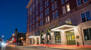 The Oldest Hotel In Iowa Is Also One Of The Most Haunted Places You'll Ever Sleep