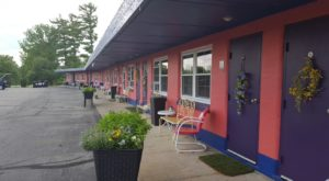 This Quirky Motel Is One Of The Happiest Places To Be In All Of Ohio