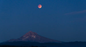 The Next Lunar Eclipse Will Be Visible From Oregon And Here's Everything You Need To Know