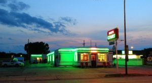 The Historic Motel On Route 66 In Missouri That Every Missourian Should Visit Once