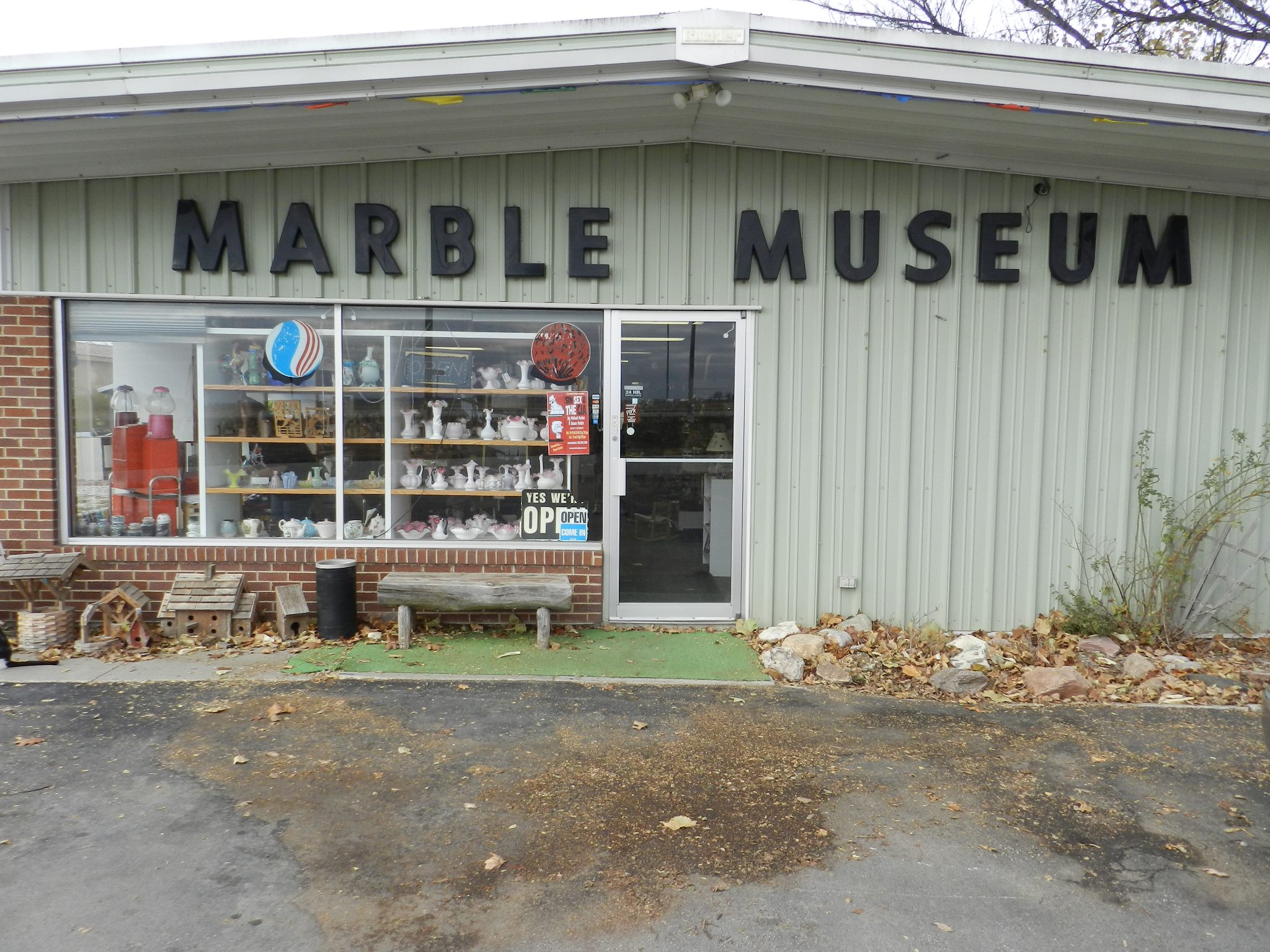 Lee S Legendary Marbles Is A Unique Marble Museum In Nebraska