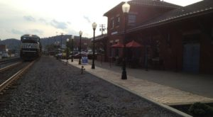 This Historic Pittsburgh Train Depot Is Now A Beautiful Restaurant Right On The Tracks