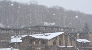 This Snow Tubing Restaurant Near Pittsburgh Is The Most Fun You'll Have All Winter