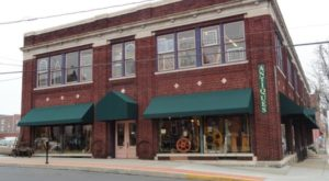 You'll Find Hundreds Of Treasures At This 3-Story Antique Shop In Pennsylvania