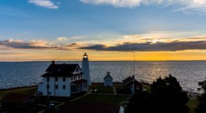 Few People Know You Can Stay The Night At This Stunning Maryland Lighthouse On The Bay