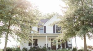 This Farmhouse Bed & Breakfast Is An Authentic Indiana Country Getaway