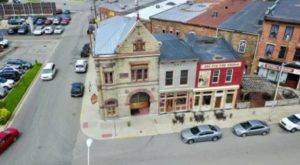 This Jammin' Restaurant In Indiana Is In A Historic Fire Station From The 1800s