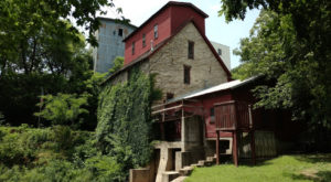 There's A Delicious Restaurant Inside This Old Kansas Flour Mill And You'll Want To Plan Your Visit