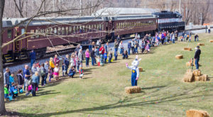 This Colorful Easter Egg Train Ride Is A Springtime Adventure In Pennsylvania You're Sure To Love