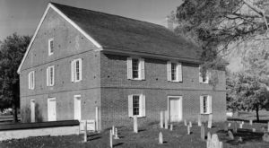 One Of The Oldest Chapels In America Is Here In Delaware And You'll Want To Step Inside