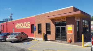 This Old-School Restaurant In Nashville Serves Chicken Dinners To Die For