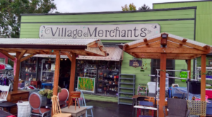 If You Live In Oregon, You Must Visit This Unbelievable Thrift Store At Least Once