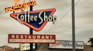Revisit The Glory Days At This '50s-Themed Restaurant In Delaware