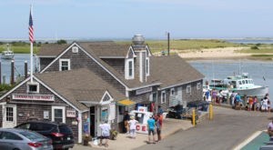 The Seaside Fish Market In Massachusetts Where Everything Is Fresh From The Ocean