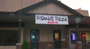 The Little Hole-In-The-Wall Restaurant That Serves The Best Pizza In Oregon