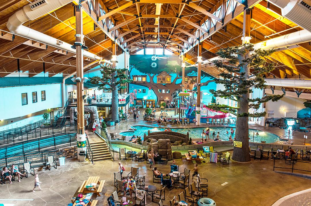 12 Indoor Waterparks In Wisconsin To Help You Beat The