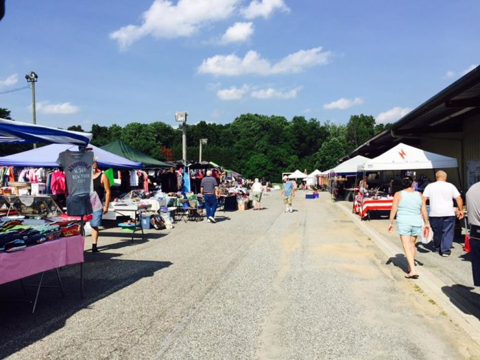 Hunters Sale Barn In Maryland Is A Flea Market And So Much