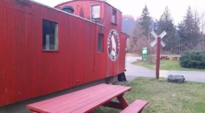 This 50-Year-Old Railroad Themed Drive-In In Washington Is A Roadside Gem