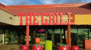 All The Locals Go To This Amazing Burger Joint In New Mexico And It's Easy To See Why