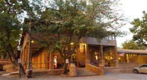 This Old Fashioned Restaurant In The Oklahoma Mountains Will Take You Back To Simpler Times