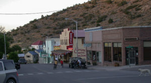 This Funky Little Town In Nevada Is A True Hidden Gem