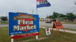 The Charming Out Of The Way Flea Market In Michigan You Won't Soon Forget