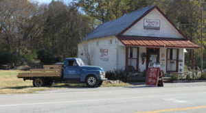 This Tennessee Restaurant Became A Local Legend By Perfecting Just One Food Item